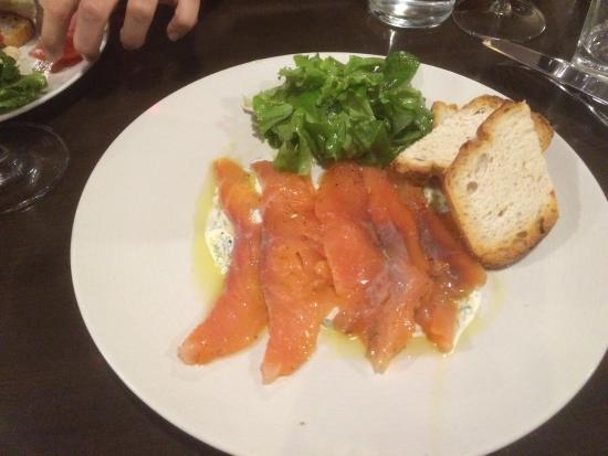 Le Mas Rouge : Gravlax de saumon, très très bien!!