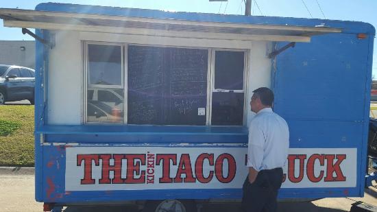 Kickin' Taco Truck