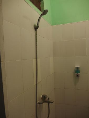 Mya Thida Hotel: WC