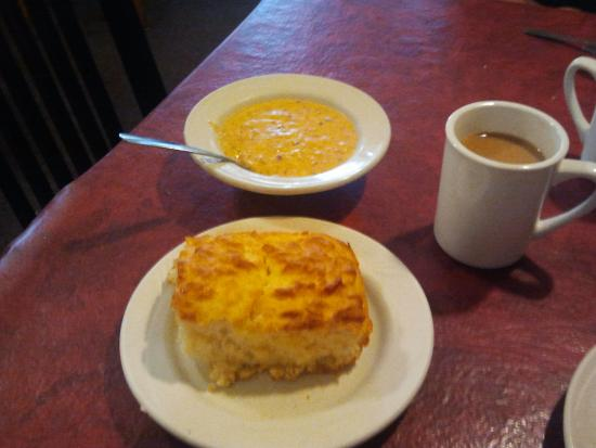 Lucile's Creole Cafe: Homemade biscuit and sausage gravy