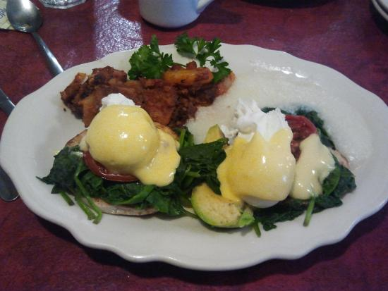 Lucile's Creole Cafe: Eggs Jennifer