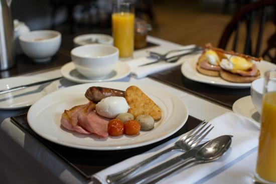 Watermillock, UK: English breakfast