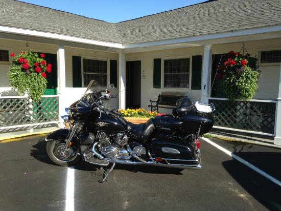 Briarcliff Motel : On Route to Maine