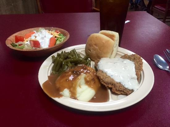 Middleton, TN: Chicken fried steak and mashed potatoes from the buffet