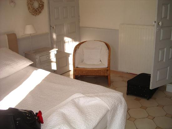 Blanche Fleur: Room