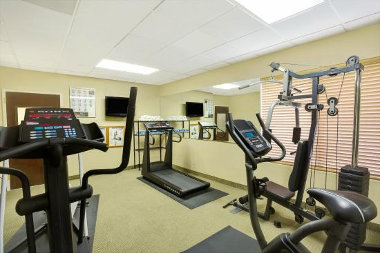 Wingate by Wyndham Raleigh Durham / Airport : Fitness Center