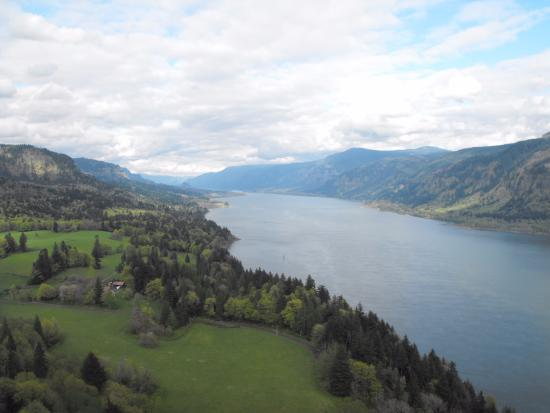 Hood River, Oregón: View from Cape Horn