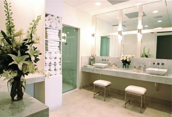 Oasis Salon And Spa West Palm Beach