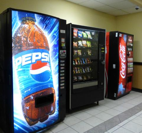 Red Roof Inn Washington, DC - College Park: Vending Snack Center