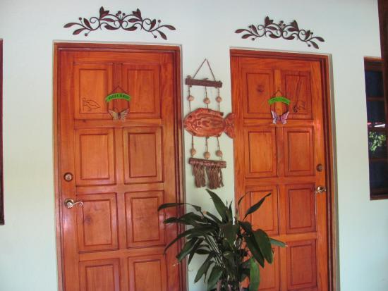 Плайя-Гранде, Коста-Рика: Doors to rooms