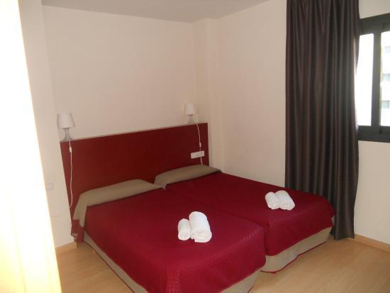 Apartaments Sata Olimpic Village Area: Velika spavaća soba