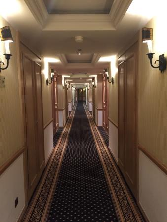 Herseyiyle klas ve harika bir otel. Tek sorun air condition sorunlu. Çok üşüdüm
