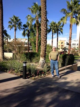 Fantasy Springs Resort Casino: Extensive landscaped Fantasy Springs Resort grounds are lovely