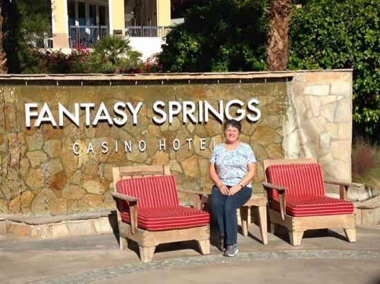 Fantasy Springs Resort Casino: Enjoyed walking around the hotel during a nice day