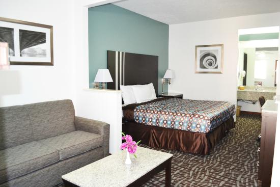 Photo of Relax Inn Motel & Suites Omaha