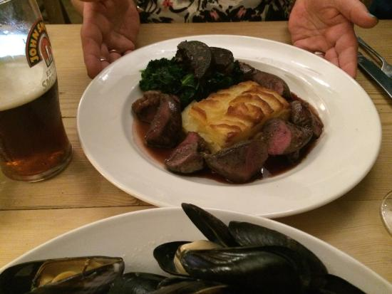 The Star & Garter: Excellent dinner celebrations. Came here for my mums birthday and were not disappointed. FANTAST