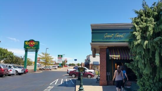 Rockne's N Canton
