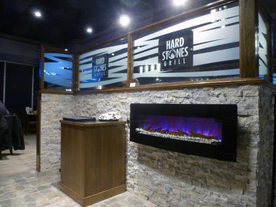 Kemptville, Καναδάς: Entrance of Hard Stones Grill