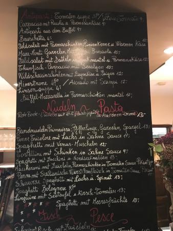 L 39 esterno del ristorante foto van trattoria pasta e vino for L esterno del ristorante sinonimo