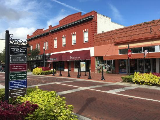 ‪Historic Downtown Sanford‬