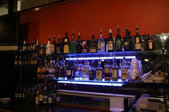 Silver Hills Motel: Bar