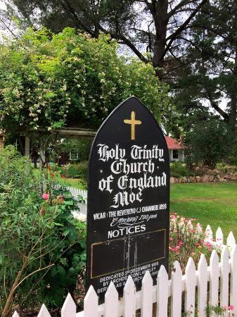 Old Gippstown - Gippsland's Heritage Park: Hold trinity church