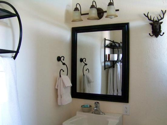 Harrison, ID: Room four - Bath