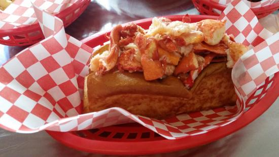 Lobster Roll Extra Meat