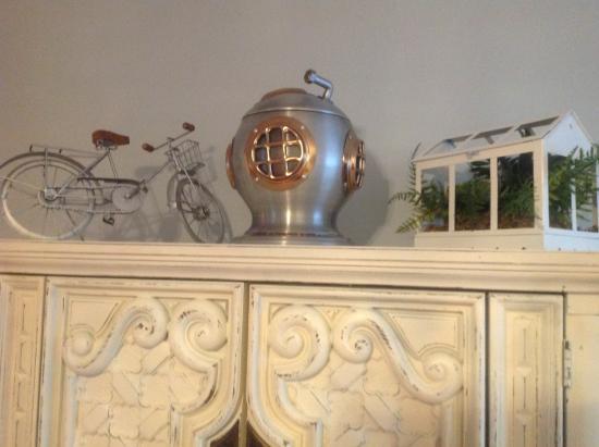 Villas on the Gulf : Fun bedroom decor