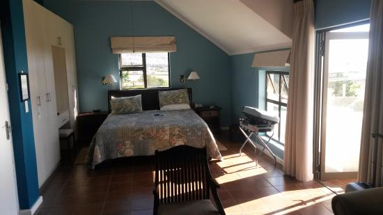 Gordon's Bay, Sudáfrica: Very neat, clean and spacious room