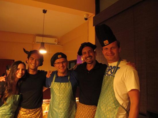 Team - Picture of The Thai Experience, Maret - TripAdvisor