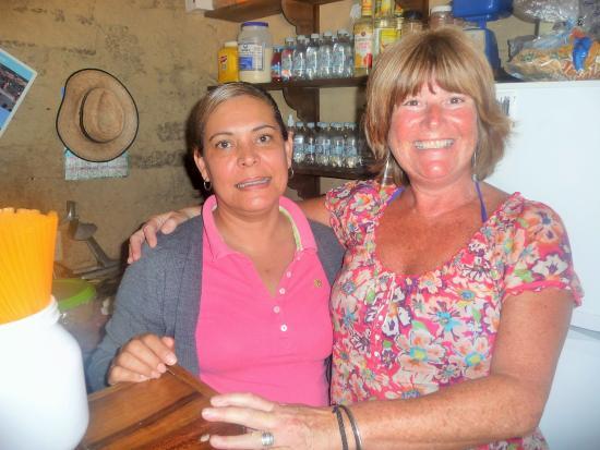 El Tuito, Meksyk: Linda with Anabel........... good friends......