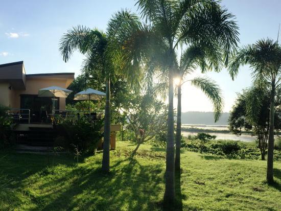 Mekong Riverside Resort & Camping