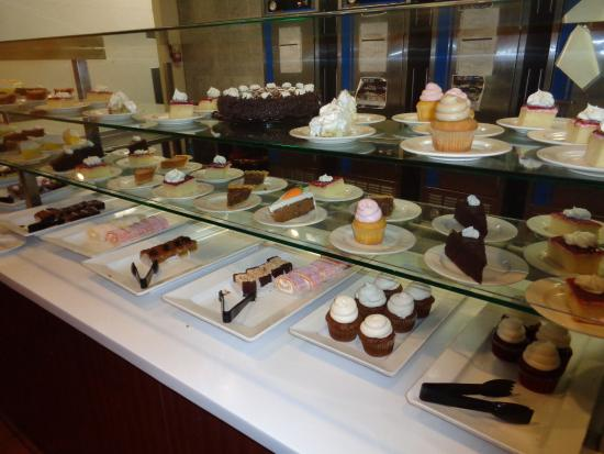 Miraculous Dessert Picture Of Round House Buffet Laughlin Tripadvisor Interior Design Ideas Apansoteloinfo