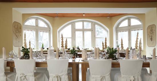 Hotel Franziskushöhe: Restaurant festlich