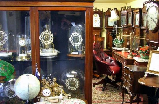 Shifnal, UK: cornerfarmantiques1