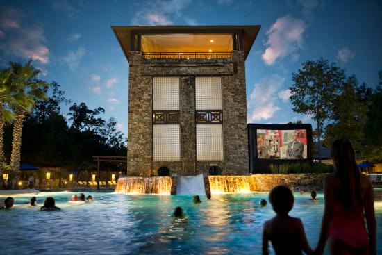 The Woodlands Resort & Conference Center: Dive-in Movie