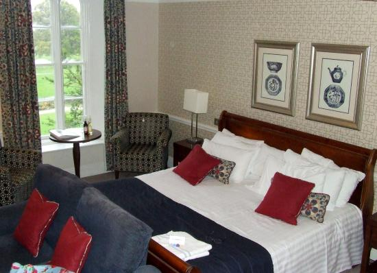Warner Leisure Hotels Bodelwyddan Castle Historic Hotel Royal Room 605