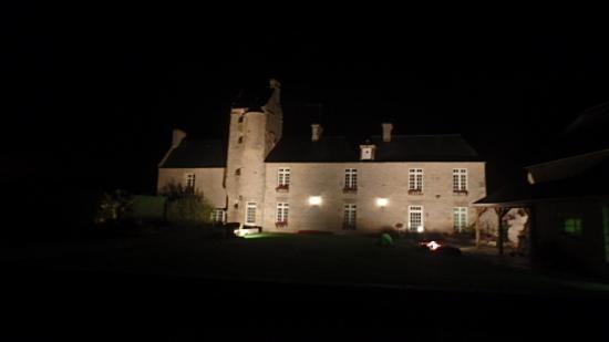 Ferme de la Tourelle: Such an evening sight!
