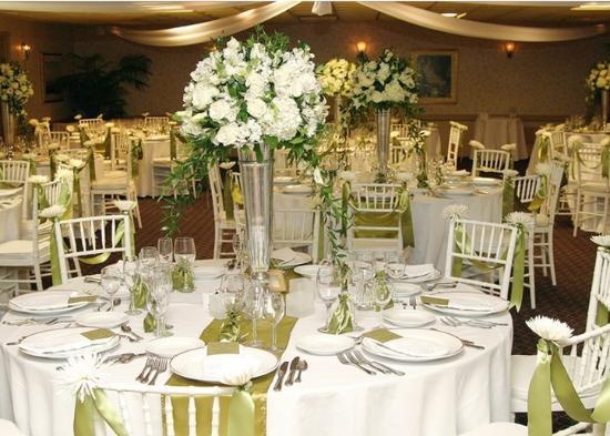 The Historic Santa Maria Inn Wedding Venue
