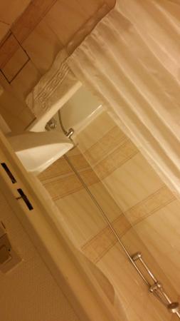 Hotel St. Georges Lafayette: IMG-20151108-WA0029_large.jpg