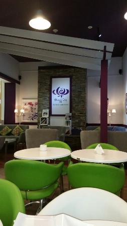 Black Iris Cafe