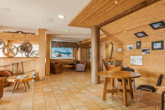 Residence Les Balcons De Val Thorens Reception Picture Of