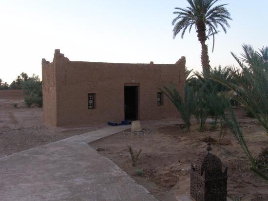 La Kasbah des Sables Iaich: one of the 5 houses on the terrain