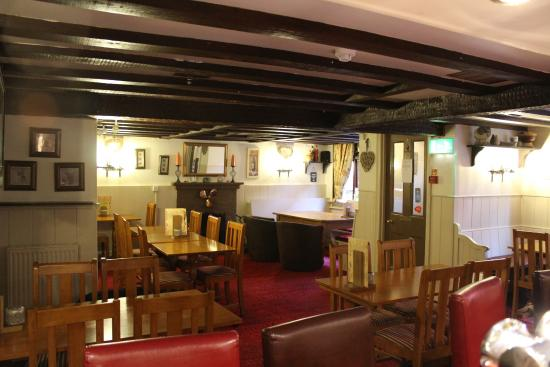 Maiden Newton, UK: Main Bar
