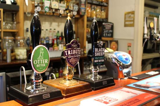 Maiden Newton, UK: Guest & House Ales