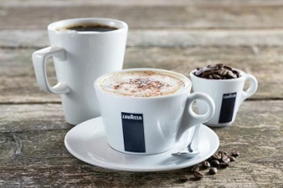The Willow Grove: Coffee Served every day from 8.00am