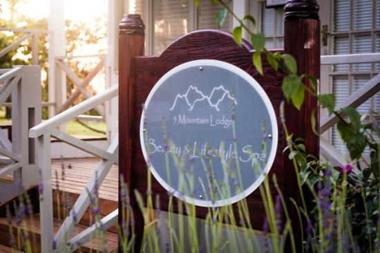 5 Mountains Lodge