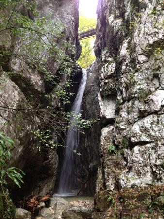 Italy Farm Stay: The Waterfall Hike
