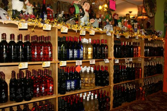 Newcomerstown, OH: Wineries And Cheese Houses